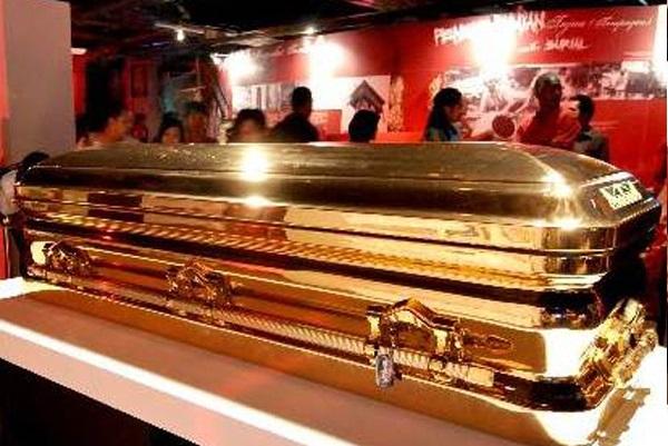 Malaysian 14-Karat Gold Coffin