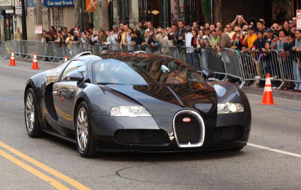tom cruise Bugatti Veyron