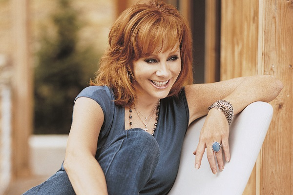 Reba McEntire Net Worth, Lifestyle, Biography, House and ...