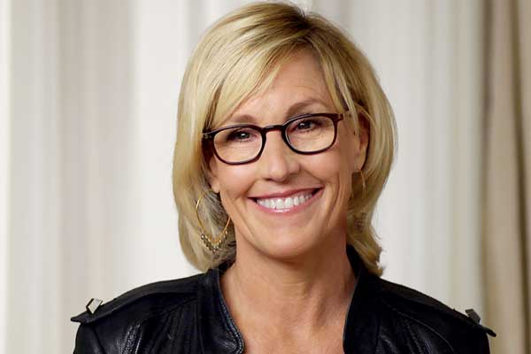 erin brockovich and her case against pacific gas and eletric Erin brockovich is the story of a woman who helped 650 people in hinkley california get justice for the actions of pacific gas and electric (pg&e) the case was titled anderson v pg&e and was actually settled outside of court.